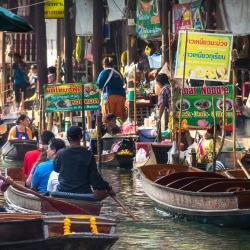 Damnoen Saduak Floating Market-4