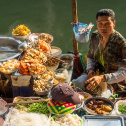 Damnoen Saduak Floating Market-6