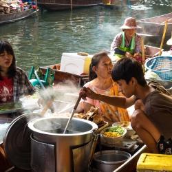 Damnoen Saduak Floating Market-7