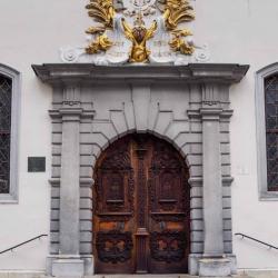 Doors along the Danube_10
