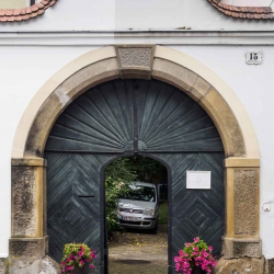 Doors along the Danube_13
